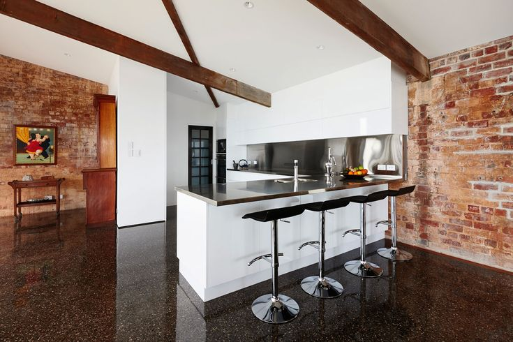 Grand Designs Australia: High Voltage