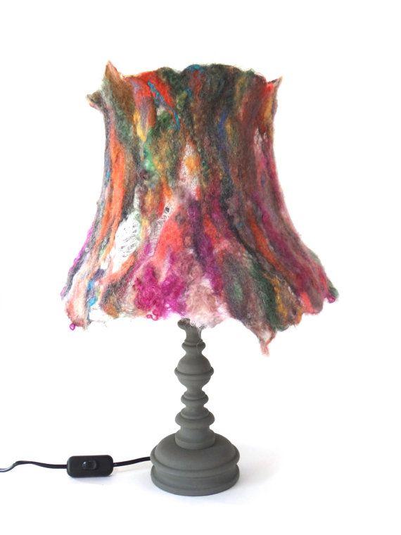 Tafellamp lamp handgevilte lampenkap op van atelierflorine op Etsy, €149.00