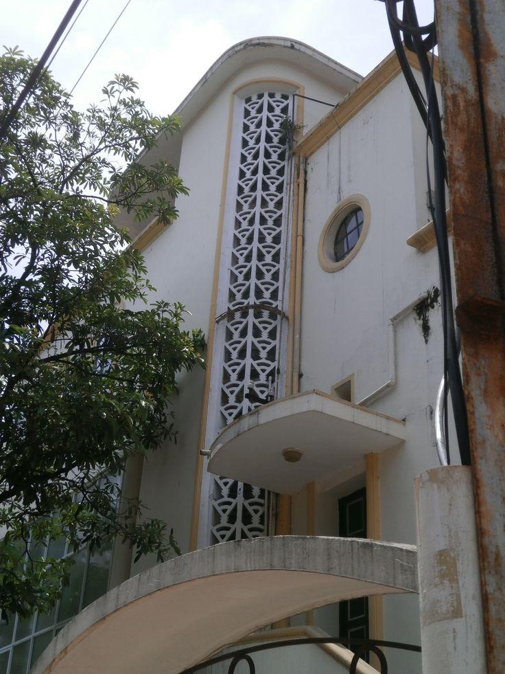 Hanoi art house