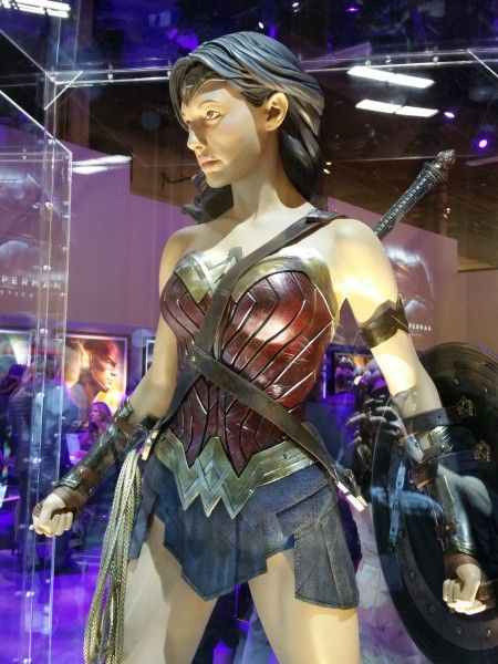 PICTURE OF BOOTS Gal Gadot's Wonder Woman costume in Batman v. Superman ~ http://collider.com/batman-vs-superman-pictures-reveal-wonder-woman-costume-and-more/