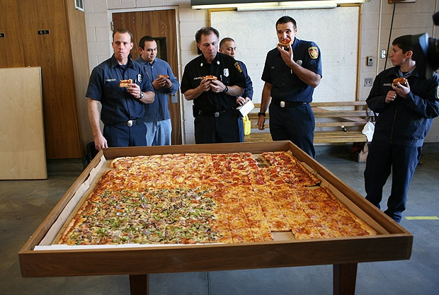 THE world's largest pizza has gone on sale in America    Read more: http://www.thesun.co.uk/sol/homepage/news/4818089/Worlds-largest-pizza-goes-on-sale.html#ixzz2MFQmYYa2    #WorldsLargestPizza #GuinnessWorldRecords #BMPP