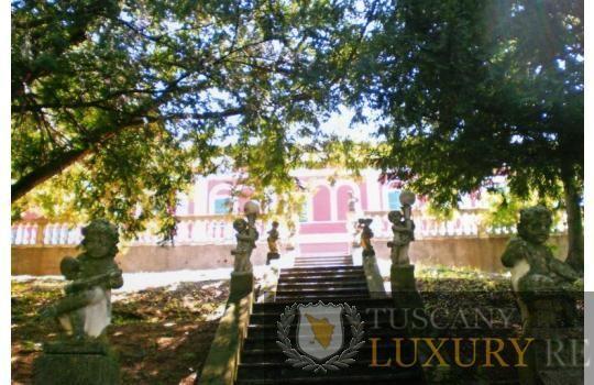 Magnificent historic villa for sale in the hills of Novi Ligure, ref112