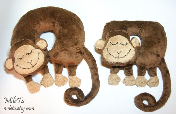 Neck Support Cushion Pillow  Monkey Pillow Toy  U-Shaped by MileTa
