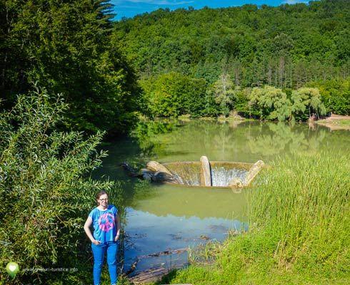 Platoul Runcuri şi Lacul Vida: unde să te rătăceşti în România