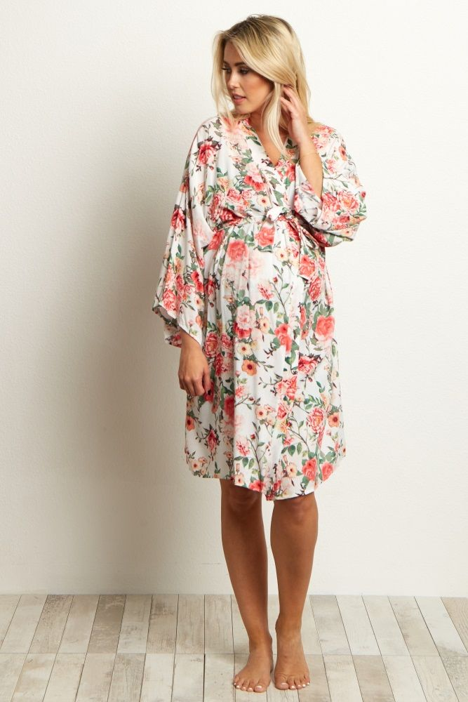 A printed delivery/nursing maternity robe to make sure your visit during and after the hospital is comfortable and stylish. This robe will make you feel beautiful through all of motherhood's transitions. With the gorgeous hues, feminine design, and lightweight material, you can have a beautiful piece to keep cool in