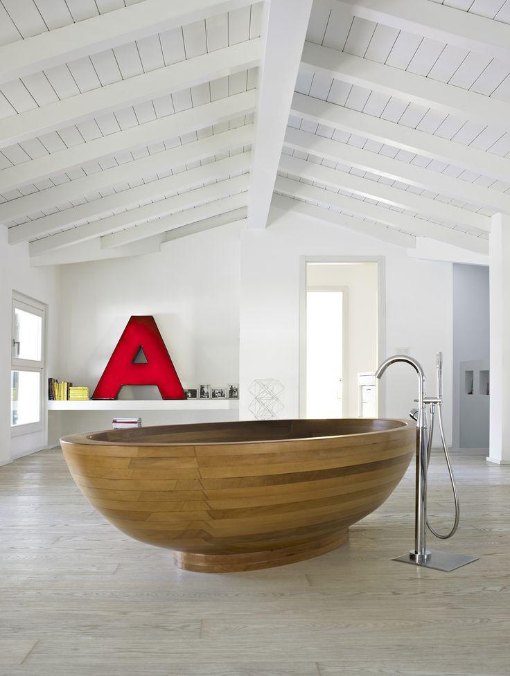 10. Bathroom, The Director's Cut house, January 2013. By Fabrizio Cicconi