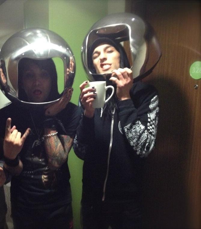 astronaut helmet band - photo #32