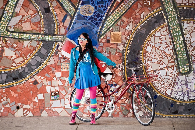 pick your own outfits. #fashion #style #bike #mosaic #cool #backtoschool #vitaminwater  source: Lorena Cupcake
