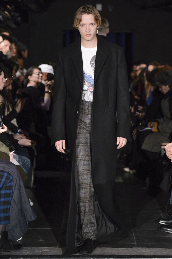 Y/PROJECT AW16 HOMME RUNWAY LOOK 24