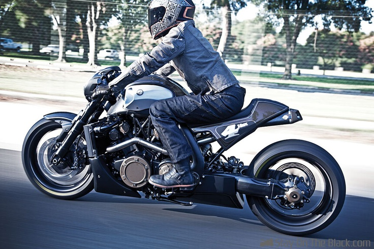 Yamaha V-Max - Builder Unknown