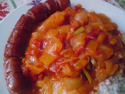 Paprikás krumpli: Rizses lecsó debreceni sült kolbásszal
