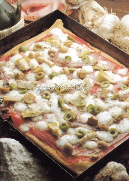 Mindent bele pizza   Receptek