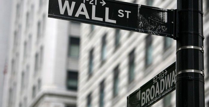 BESTPROFIT FUTURES MALANG (17/6) - Bursa saham AS jatuh pada hari Kamis, membuatnya berada di jalur untuk penurunan harian keenam beruntun dan terpanjang