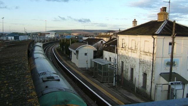 Newhaven Harbour Railway Station (NVH) in Newhaven, East Sussex