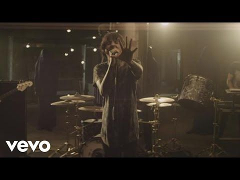Bring Me The Horizon - Can You Feel My Heart - YouTube