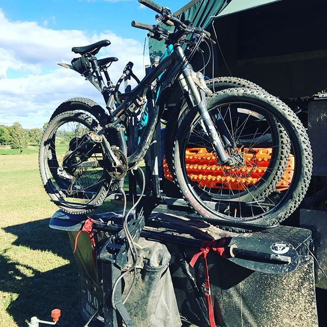 Just uploaded my ISI bike carrier review onto www.funfitadventure. This is the best bike carrier I have owned and it ticks a lot of boxes. I interchange it between my Land Rover D3 and my @drifta4wd DOT camping trailer.
