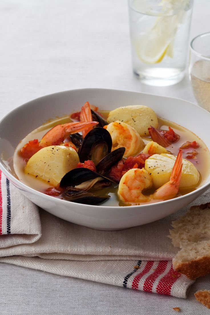 Spiced seafood stew recipe stew the o 39 jays and main for Recipe for seafood stew