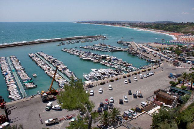 Porto turistico per imbarcazioni fino a 25 metri