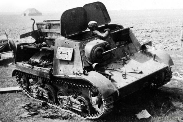 WWII Tanks (disabled / destroyed)