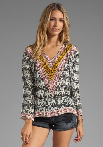 TOLANI EXCLUSIVE Lizzy Hoodie Top in in Elephants