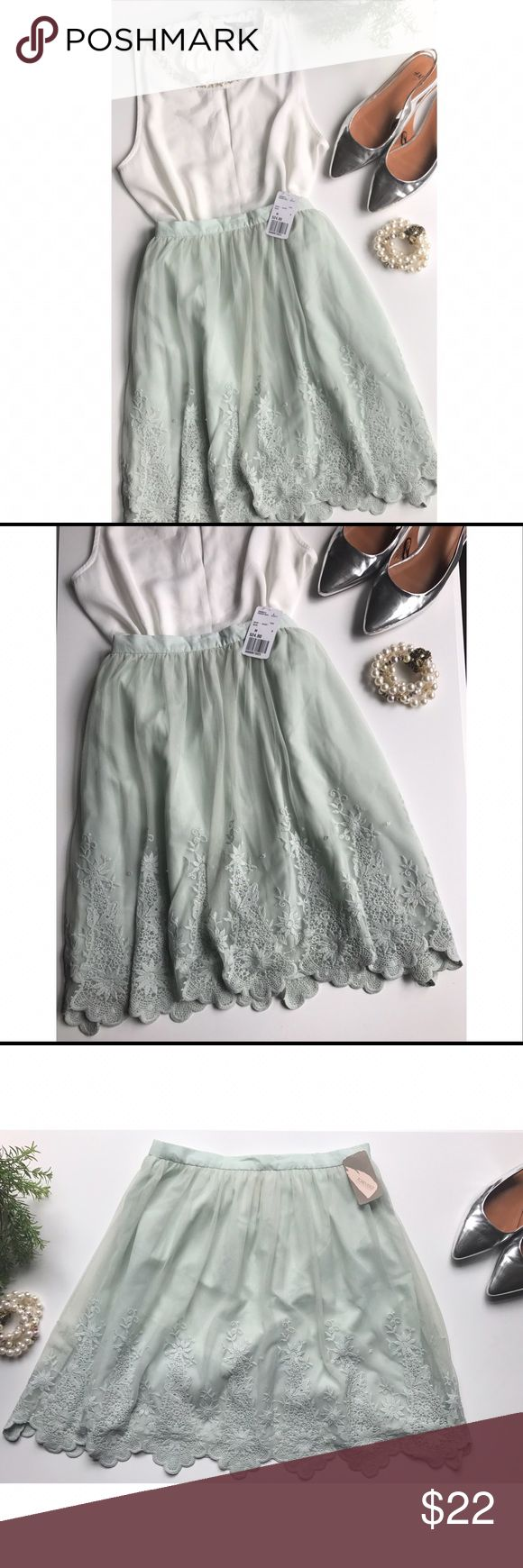 Forever 21 Embroidered Lace Skirt in Sage A beautiful dainty embroidered lace skirt by Forever 21.                                   Size Medium. Brand new with tag.                                                Skirt is lined. Working zipper in back.                                                                     Please feel free to ask questions or for more photos. I'm happy to answer. Make an offer💕 Forever 21 Skirts Mini