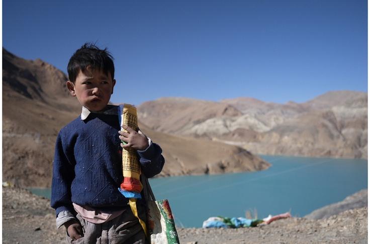 Tibetan Prayer Flag Salesmen(boy), Overland Lhasa to Kathmandu, Tibet   cy-iwander.com