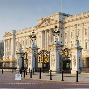 Buckingham Palace is where Malcolm flees and Macduff comes to discuss the take down of Macbeth