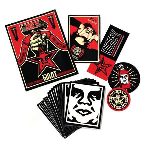 "OBEY GIANT tiSckers - A la fin des années 90, à partir de ""Andre the Giant Has a…"