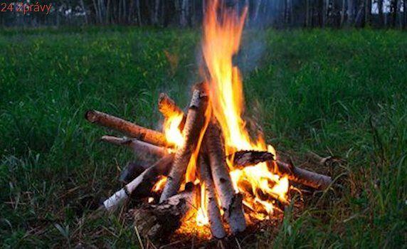 Budou se pálit čarodějnice. Pozor na požáry, varují hasiči