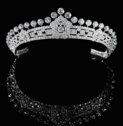 A gorgeous art deco diamond tiara, by Cartier, 1930s, formerly the property of Mary Innes-Kerr, Duchess of Roxbrughe. http://en.wikipedia.org/wiki/Mary_Innes-Ker%2C_Duchess_of_Roxburghe   To be auctioned at Sotheby's Magnificent and Noble jewels in May