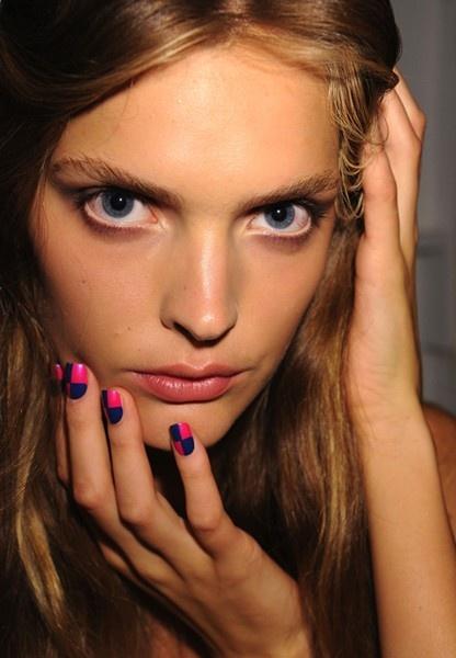 checkerboard nail polish some-inspiring-things