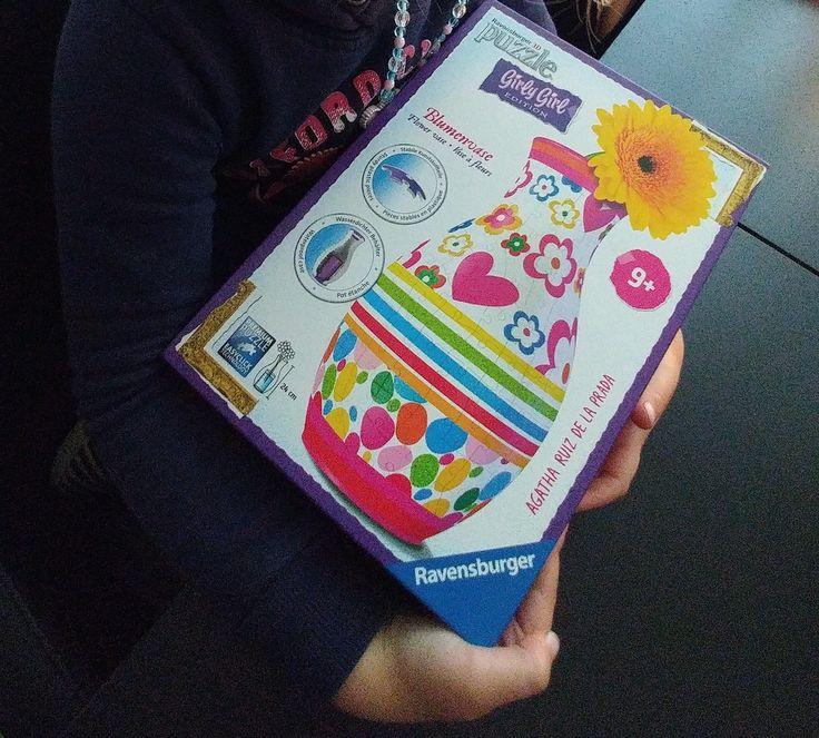WINACTIE: Puzzelfanaten opgelet! Groot en klein heeft met deze puzzel bloemenvaas een eigen uitdaging! Kan jij deze maken zonder de nummers te gebruiken of staat deze vaas super goed in de slaapkamer van je dochter?