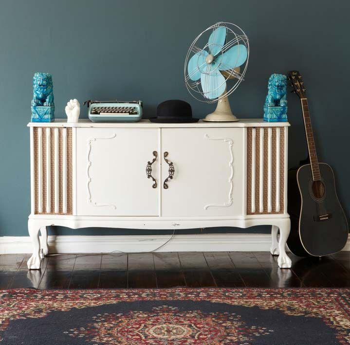 Suggerimenti e idee per dipingere il legno bianco o colorato e consigli per ottenere il legno decapato con il fai da te.