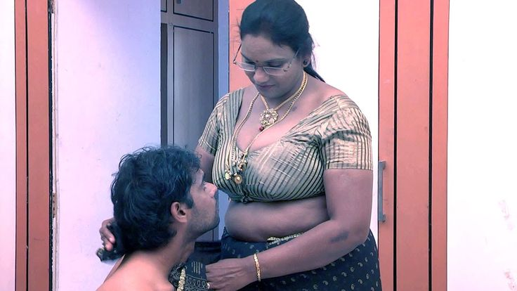Aged Aunty Hot Romance with Son in Law in Bedroom