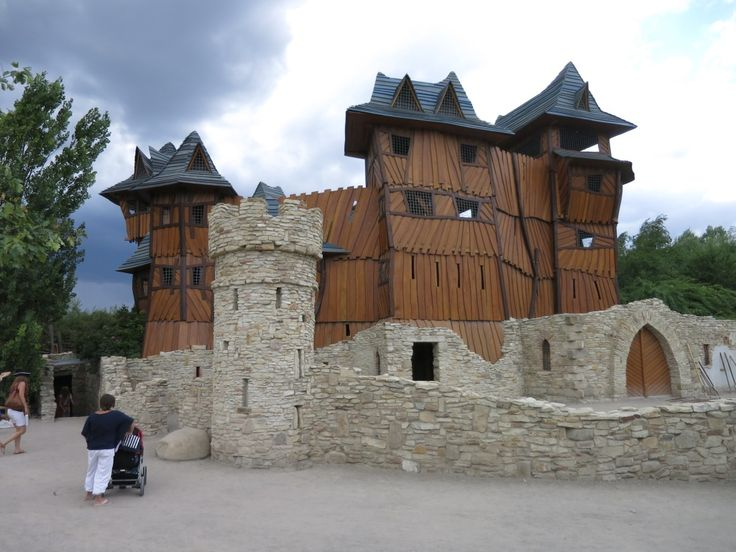 Mirakulum (Milovice) - velký hrad