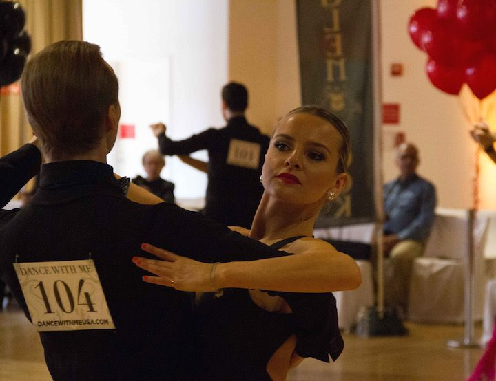 De Def C C B B E D F B Learn To Dance Smooth on Foxtrot Sway Step
