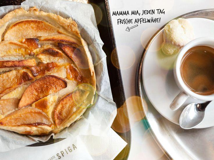 Hmmm... wir backen jeden Morgen frische Apfelwähen. Zusammen mit einem perfekten Cappucchino sind sie semplicemente celestiali. Sehen wir uns morgen früh?! www.spiga-ristorante.ch