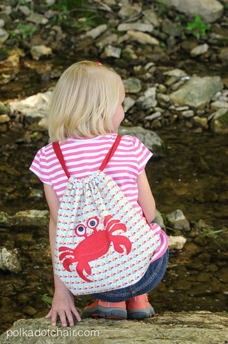 Simple Summer Backpack Sewing Pattern and tutorial - by Melissa Mortenson of polkadotchair.com
