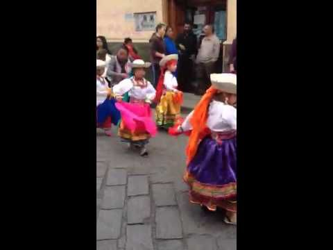 ▶ Another Christmas Parade in Cuenca - YouTube http:///facebook.com/book.theplan