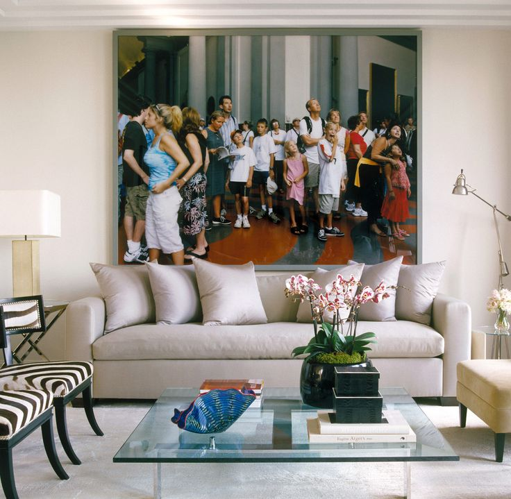 Penthouse, New York, NY. WOW. Large scale photographs make a HUGE statement.