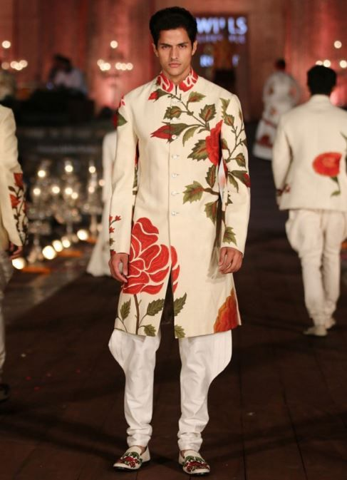 designer-wedding-dress-for-men-latest-winter-2015-2016-couture-groom-outfit-rohit-bal-rose-red-white.jpg (487×673)