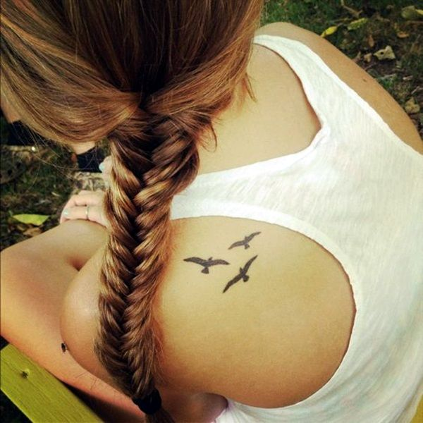 Best Shoulder Tattoos for Women (4)