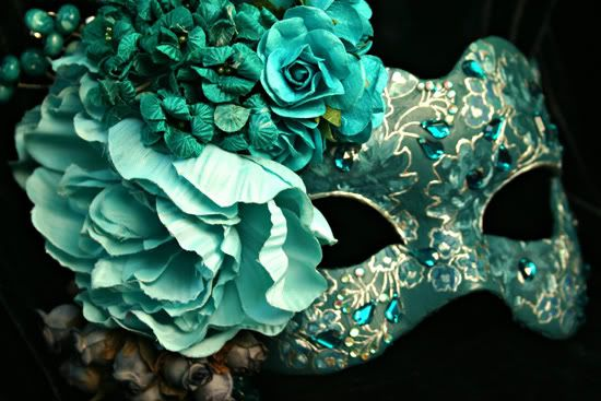 Thinking a Masquerade party for 28th b-day... Would be fun!