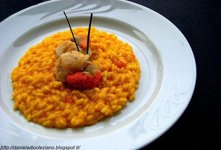 Ingredienti per 2 persone :   140 gr. di riso S. Andrea Riso Goio 1929   4 capesante medie  25 gr. di burro al tartufo bianco Grazioli ...
