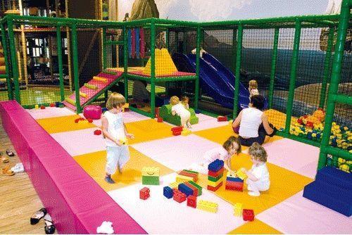 Acrochats (à Thiais et Plaisir): espace de loisirs ludo-pédagogiques pour les enfants de 0 à 12 ans et leurs parents.