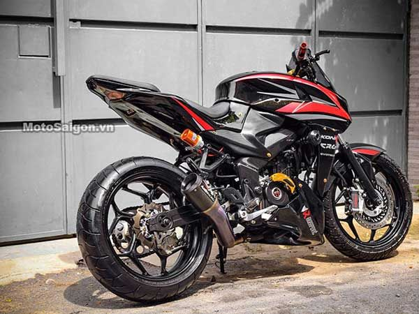 This Bajaj Pulsar 200ns Has Been Blinged Up To Its Core Pulsar