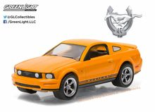 Greenlight 1:64 Anniversary Collection Series 3 2009 Ford Mustang GT