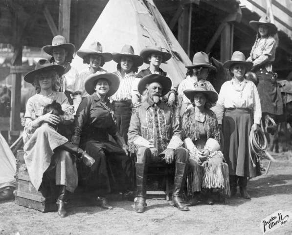 Buffalo Bill and cowgirls of the show.