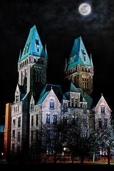 HH Richardson building in Buffalo, NY. This was once a mental asylum.