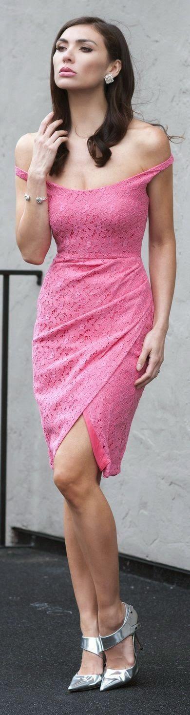 Farb- und Stilberatung mit www.farben-reich.com # Off the shoulder pink #dress with pop shoes